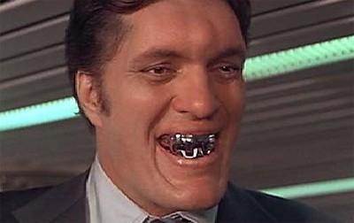 Jaws showing teeth Moonraker